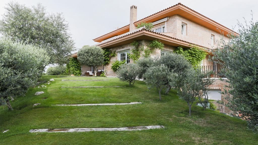 Venta de Magnífica vivienda unifamiliar en Ciudalcampo - Gilmar
