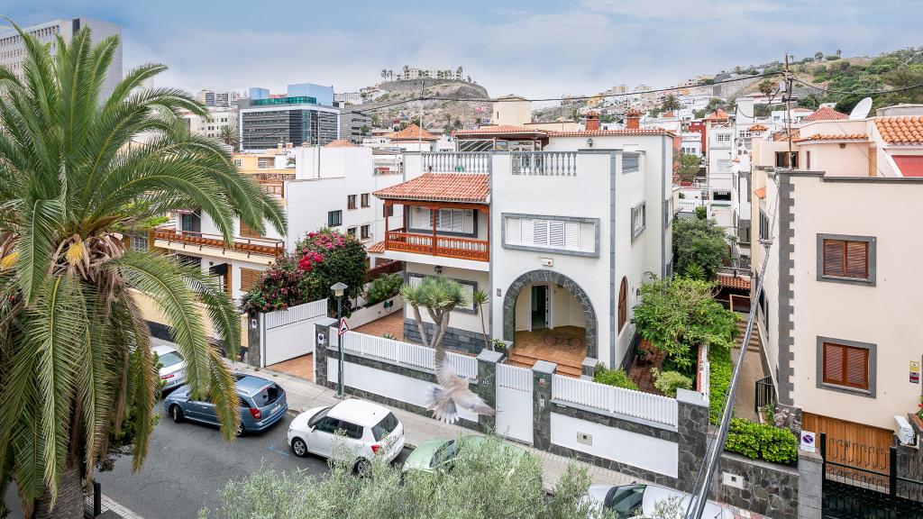 Venta de Chalet Independiente en Ciudad Jardín (Las Palmas) - Gilmar