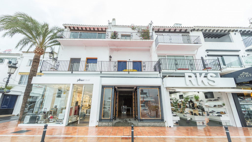 Commercial premises for sale in Puerto Banus for sale - Gilmar