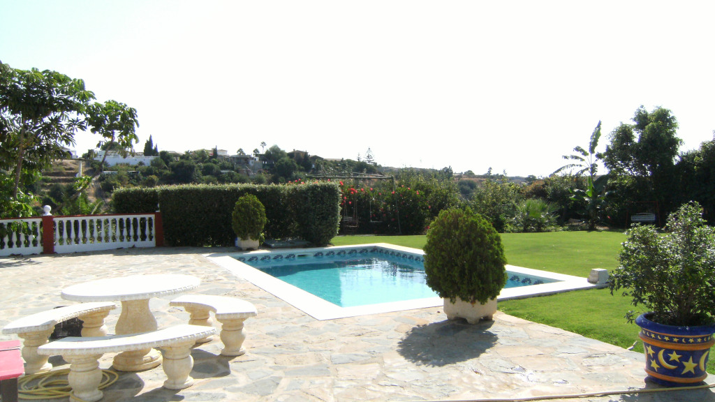 Single Family Home for Sale at Río Padrón Río Padrón El Velerin, Malaga 29689 Spain
