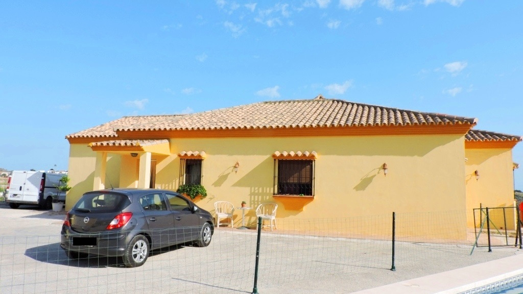 Single Family Home for Sale at Estepona Pueblo Estepona Pueblo La Gaspara, Malaga 29693 Spain