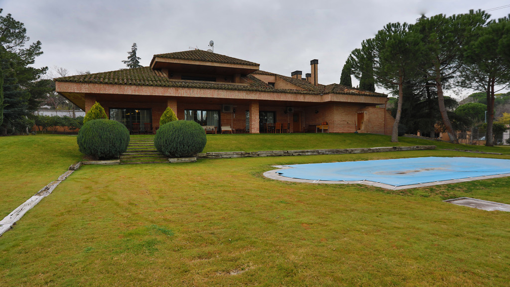 Single Family Home for Sale at Somosaguas Somosaguas Humera Pozuelo de Alarcon, Madrid 28223 Spain