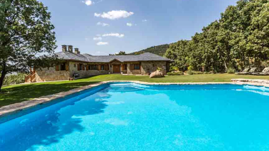 Single Family Home for Sale at Navacerrada Navacerrada Navacerrada, Madrid 28491 Spain