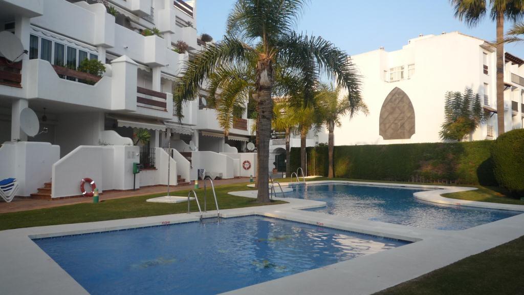 Apartamento por un Venta en Alcazaba Gardens Alcazaba Gardens Puerto Jose Banus, Andalucia 29660 España