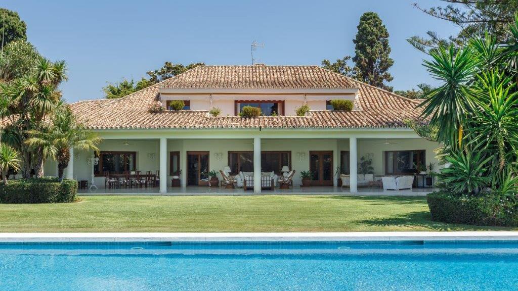 Single Family Home for Sale at Guadalmina Baja Guadalmina Baja San Pedro De Alcantara, Andalucia 29670 Spain