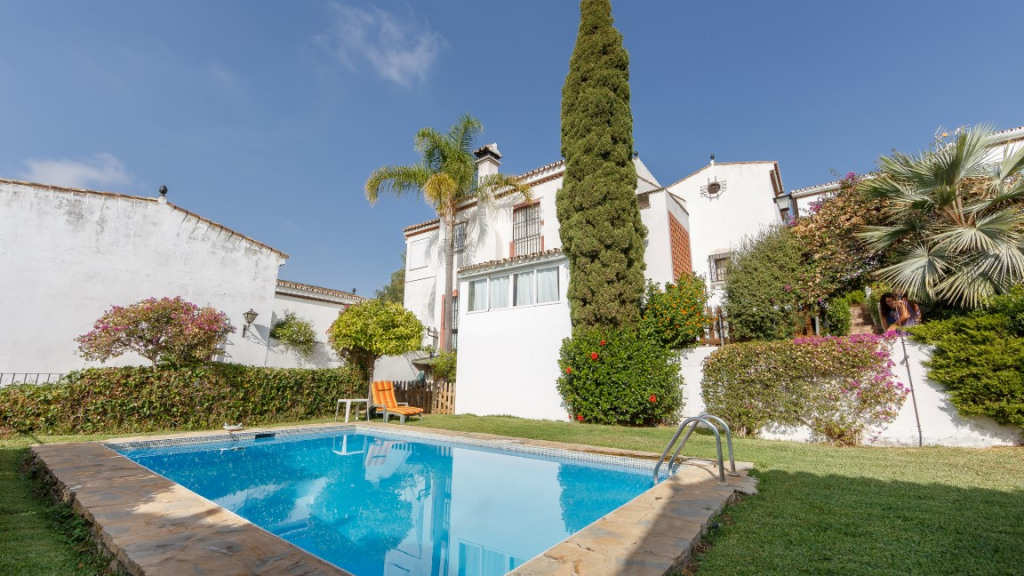 Single Family Home for Sale at Río Padrón Río Padrón El Padron, Malaga 29689 Spain