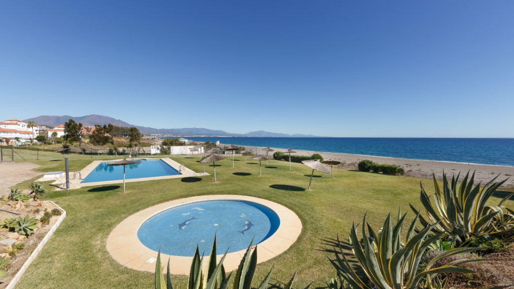 Single Family Home for Sale at Puerto La Duquesa Puerto La Duquesa Alcorrin, Malaga 29691 Spain