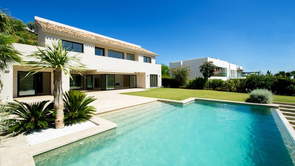 Single Family Home for Sale at Benahavís Benahavís San Pedro De Alcantara, Andalucia 29670 Spain