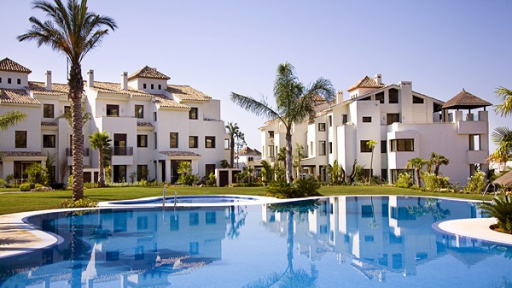 Apartamento por un Venta en El Paraíso El Paraíso Villa Paraiso Barronal, Malaga 29688 España