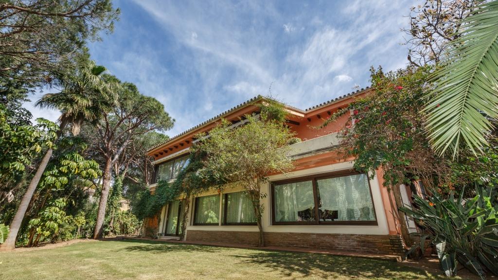 独户住宅 为 销售 在 Calahonda Calahonda Sitio de Calahonda, Malaga 29649 西班牙