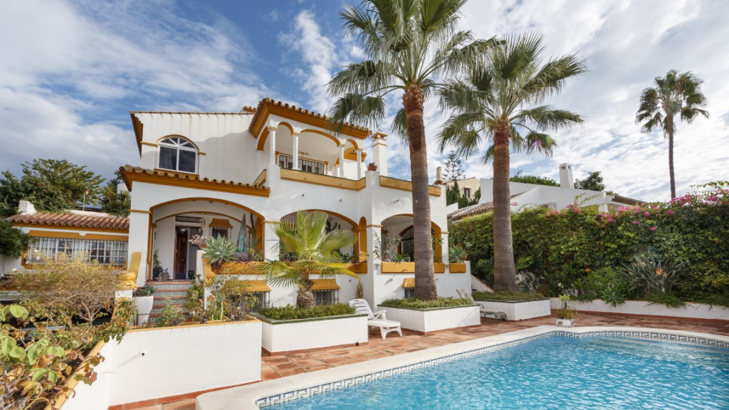 Single Family Home for Sale at Seguers Seguers Villa Seghers, Malaga 29693 Spain