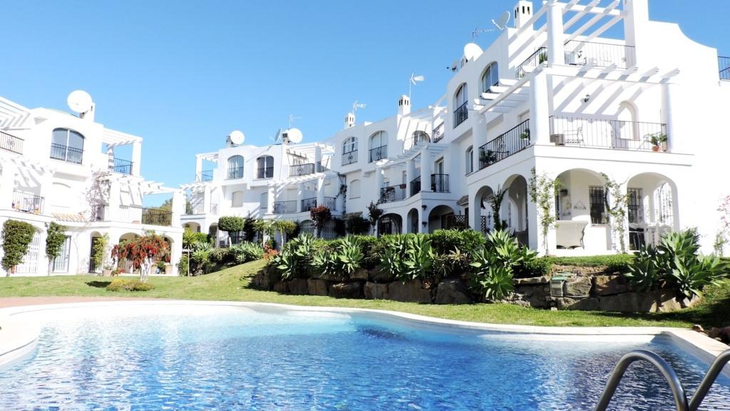 Single Family Home for Sale at Duquesa Duquesa Castillo de la Duquesa, Andalucia 29692 Spain