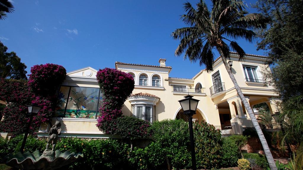 Casa Unifamiliar por un Venta en La Carihuela La Carihuela Torremolinos, Costa Del Sol 29620 España
