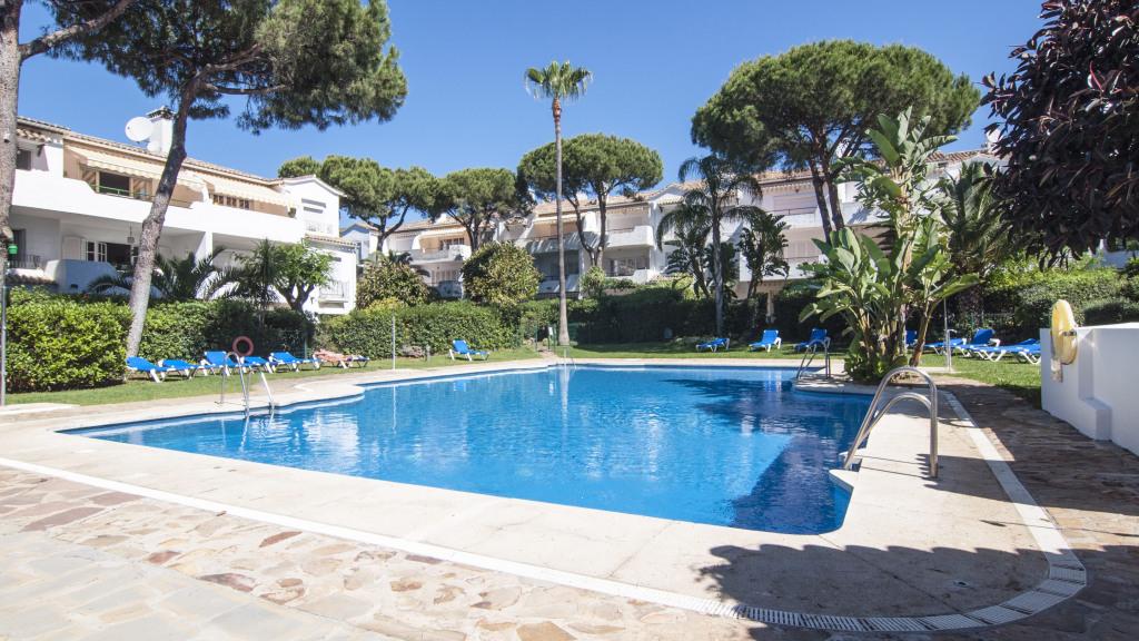 Apartment for Sale at Atalaya-Isdabe Atalaya-Isdabe Saladillo Benamara, Malaga 29688 Spain