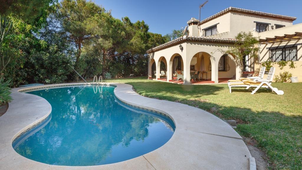 Casa Unifamiliar por un Venta en Calahonda Calahonda Mijas Costa, Malaga 29650 España