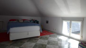 3 pareados sobre parcela de 2.555 m² - Gilmar