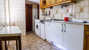 Vivienda en Batán, 132 m2, 5 dormitorios y 2 baños - Gilmar