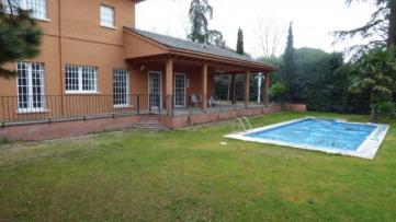 Villa house in Torr. Estación - Gilmar