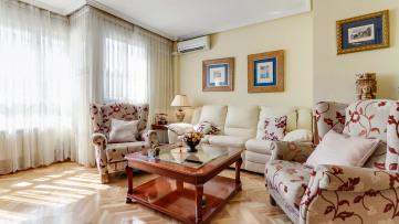 Preciosa vivienda 3 habitaciones una en suite. - Gilmar