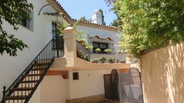 Villa house in Vistahermosa - Gilmar