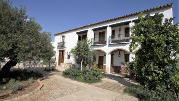 Residential building in Estepa - Gilmar