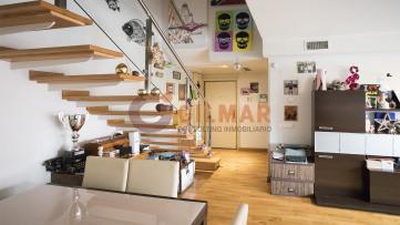 Ático dúplex con terraza de 40metros en Valdezarza - Gilmar