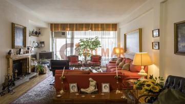 Increible piso de amplias estancias en Castellana - Gilmar