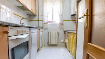 Vivienda de 2 dormitorios en zona Los Cármenes - Gilmar