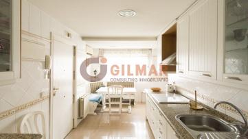 Piso en Adelfas - Gilmar