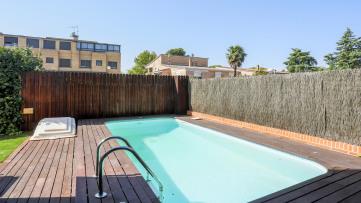 Plantio/Aravaca. Bajo con Jardin y piscina - Gilmar