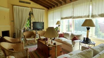 Villa house in Tomares - Gilmar