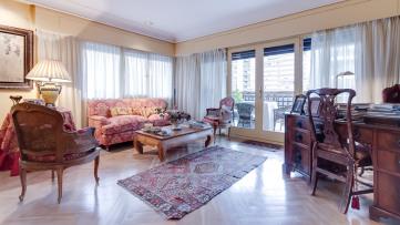 Estupendo piso en Pinar de Chamartín - Gilmar