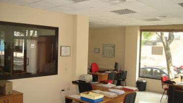 Business premise in Los Bermejales - Gilmar