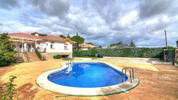Villa house in Valdemorillo - Gilmar