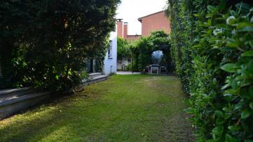 Chalet Independiente en Fuentelarreina - Gilmar