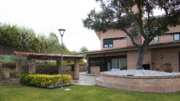 Chalet Independiente en El Bosque - Gilmar