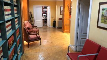 Excepcional Oficina En La Mejor Zona De Almagro - Gilmar