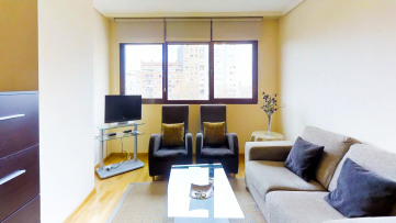 Apartamento con Piscina y garaje en finca - Gilmar