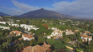 Chalet Independiente en Marbella Golf - Gilmar