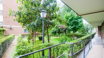 Apartment in Cuatro Caminos - Gilmar
