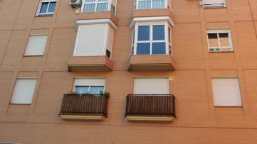 Apartamento con patio de 40m2 en Vista Alegre - Gilmar