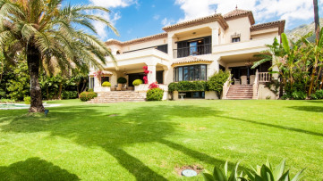 Villa house in Sierra Blanca - Gilmar