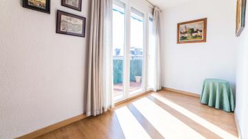 Piso Exterior Muy Luminoso Y Con Terraza-Moncloa - Gilmar