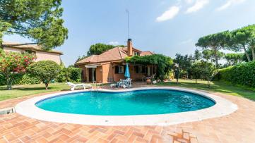 Villa house in Granjilla - Gilmar