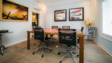 Oficina De Lujo Junto A La Embajada De Italia - Gilmar