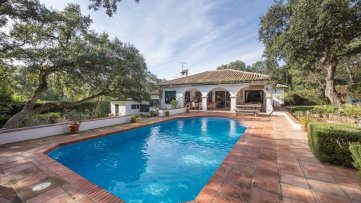 Villa at the foot of the Valderrama golf course - Gilmar