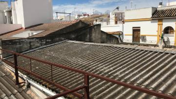 Edificio Junto Al Altozano - Gilmar