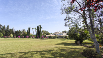 Elegant Estate In Marbella's Guadalmina Beach-Side - Gilmar