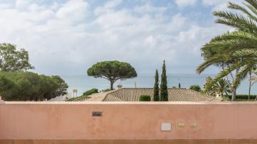 Stunning villa in 2nd line of the beach - Gilmar