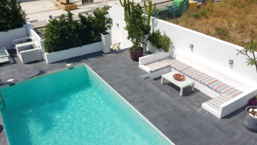 Vacational renting a townhouse in Milla de Oro - Gilmar